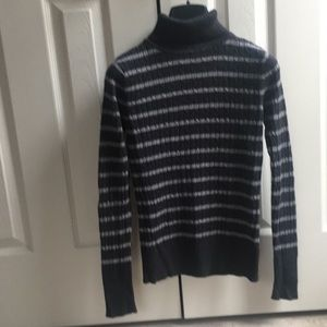 Heritage Sweaters - Heritage with light gray straps in S size